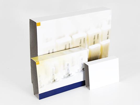 SBV Verpackungs GmbH, Schwäbisch-Badische Verpackungs GmbH, Verpackungen, Vaihingen an der Enz, Vaihingen a.d.E., Kreis Ludwigsburg, Kreis Pforzheim, Bedruckte Kartons, Faltbodenschachteln, Faltschachteln mit Befensterung, Gefache, Kantenschutz, Klappdeckelkartons, Schuber, Sonderanfertigung, Stülpdeckelkartons, Lohnklebung, Lohnstanzung, Etikettierung, Entwicklung, Bemusterung, 0-Serien, Lagerhaltung, Konfektionierung, Kartons, Wellpappe, Vollpappe